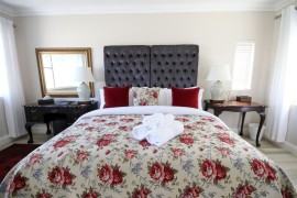 Luxury-Suite-4-bedroom-kingbed